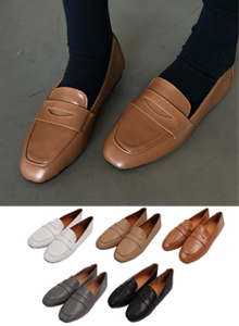 66GIRLSBasic Penny Loafers
